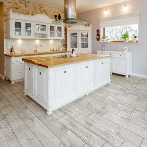 Tuscany – white kitchen