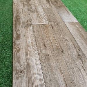 Hardwood greyed 3-min